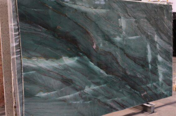 kwarcyt-emerald-green-b12-01-(ok--295x170)-(4)-bcd3e181-large