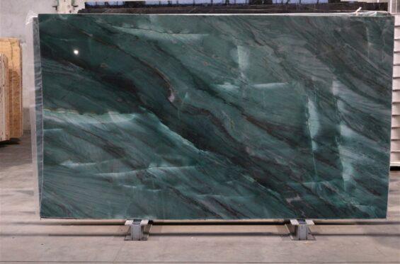 kwarcyt-emerald-green-b12-01-(ok--295x170)-(6)-79a114ad-large