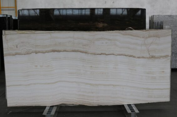 onyx-avorio-2-cm-ok-300x120-3-890a952e-large